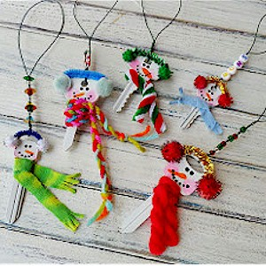 make christmas ornaments from recycled keys - Recycled Christmas Ornaments