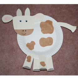 & Paper Plate Cow