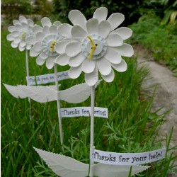 Image of Paper Plate Gratitude Flowers