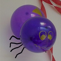 Image of Spinning Balloon Spider