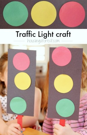 Easy traffic light craft for preschoolers