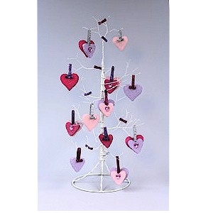 Make A Valentine Heart Tree