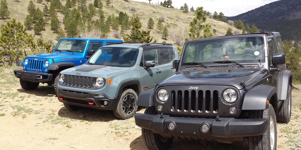 Jeep Renegade Trailhawk proti Wranglerům: Který je ten pravý? (video)