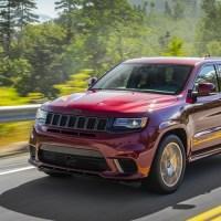 V Jeepu Grand Cherokee Trackhawk jsem se cítil jako dítě, a proto se mi líbil (Recenze)