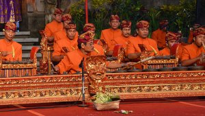Yamin Defending the Past, Present, and Future of Gamelan Semara Pegulingan Saih Pitu in Kamasan, Bali