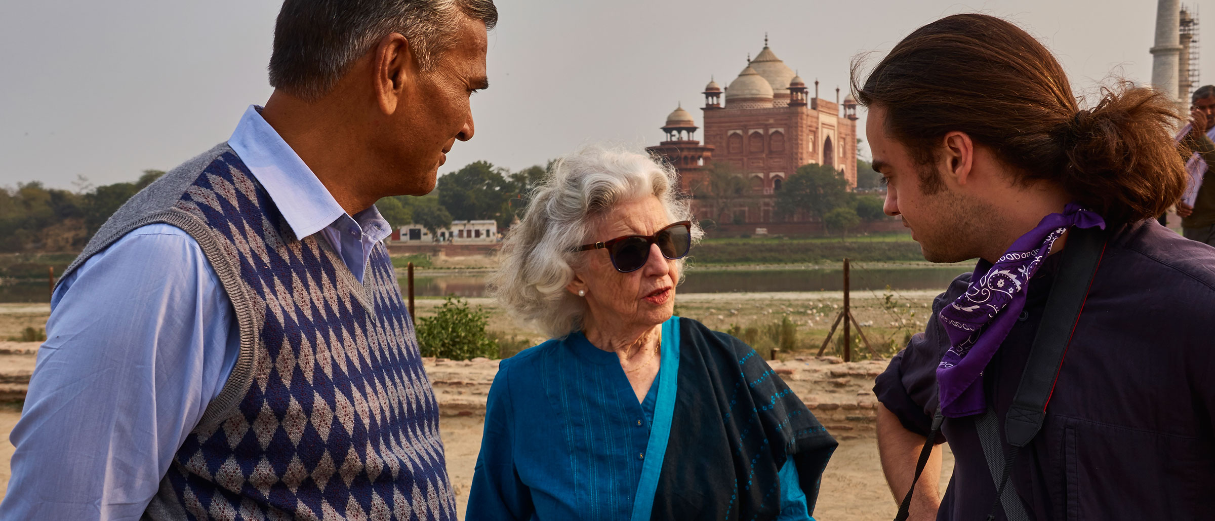 Elizabeth Moynihan wearing sunglasses in India