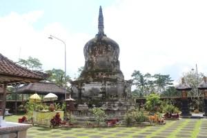 Stupa in courtyard of Hindu temple