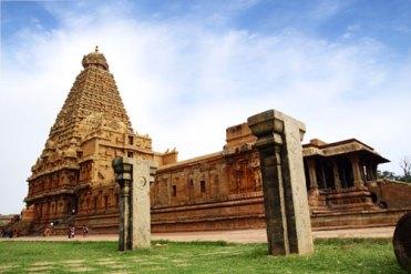 Bhrihadishvara (Tanjore) temple.