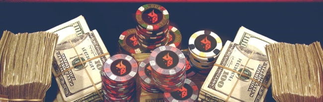 Differences between poker tournaments and cash games