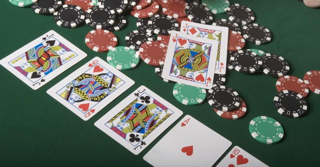 How to play a poker game- Texas Hold'em Variant