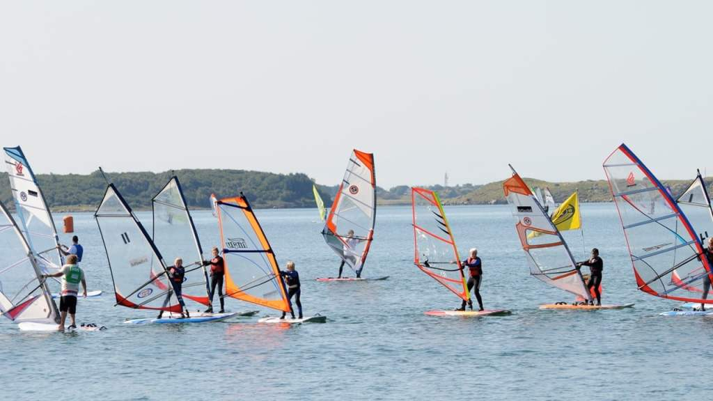 windsurf kurs junior brettseiling sola