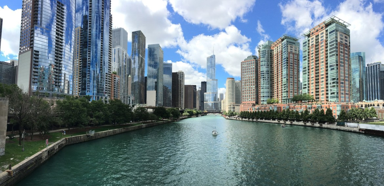 Chicago river_Pexels