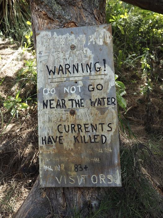 Warning signs on Kalalau trail