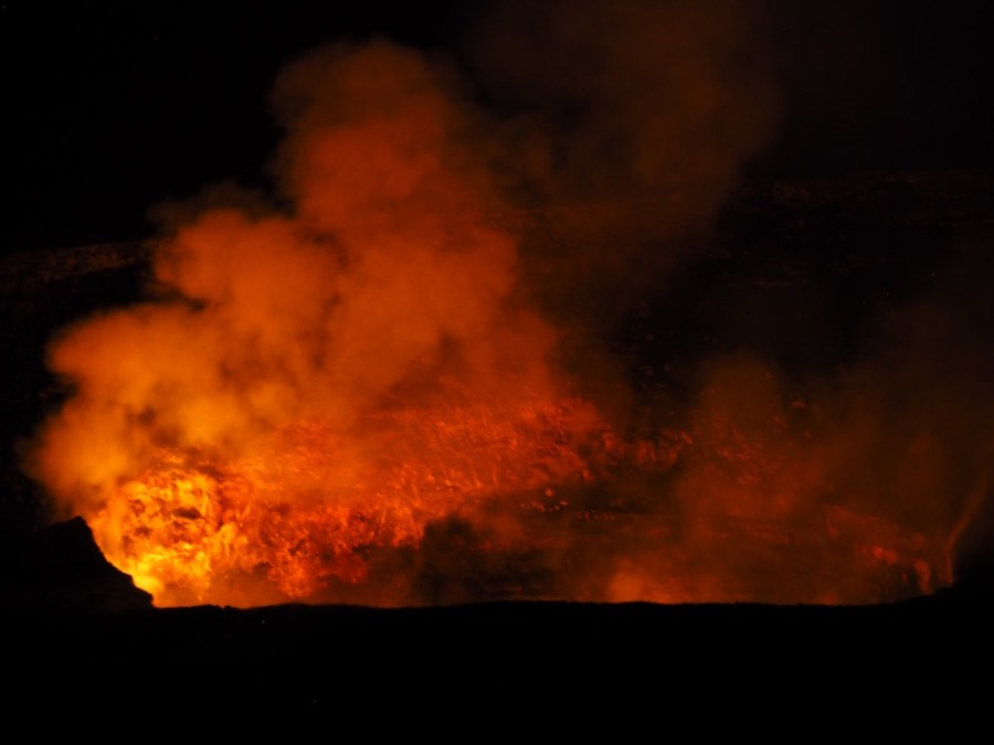 Night view of the Halema'uma'u Crater from the Jagger Museum