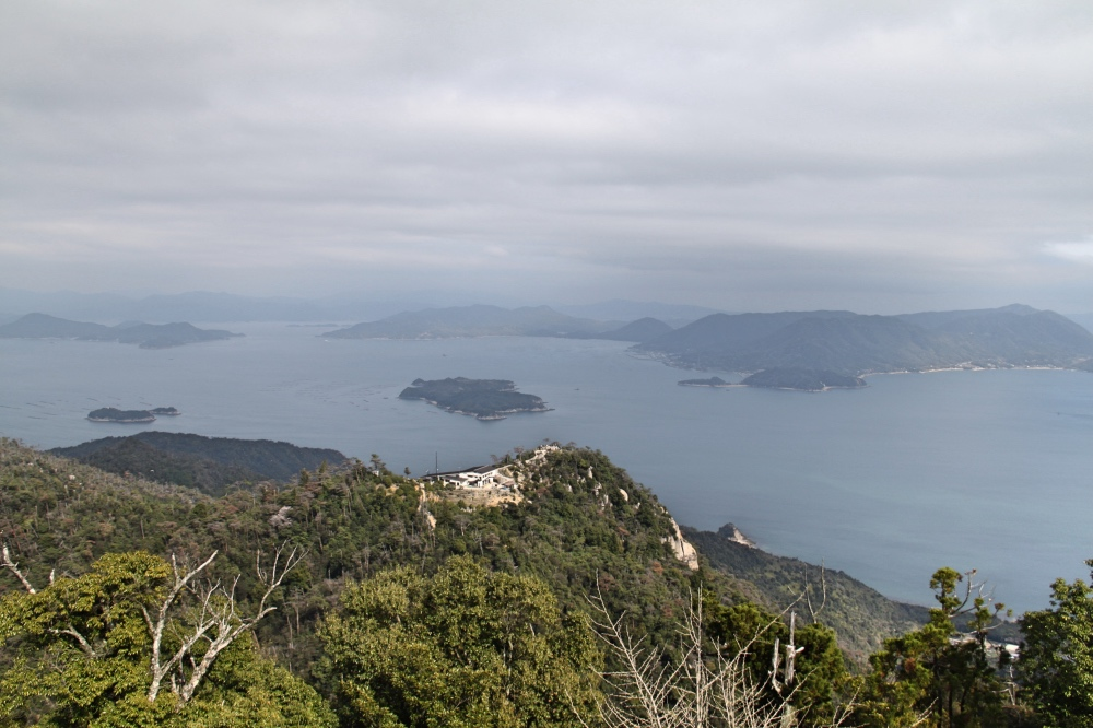 The view from Mt Misen.