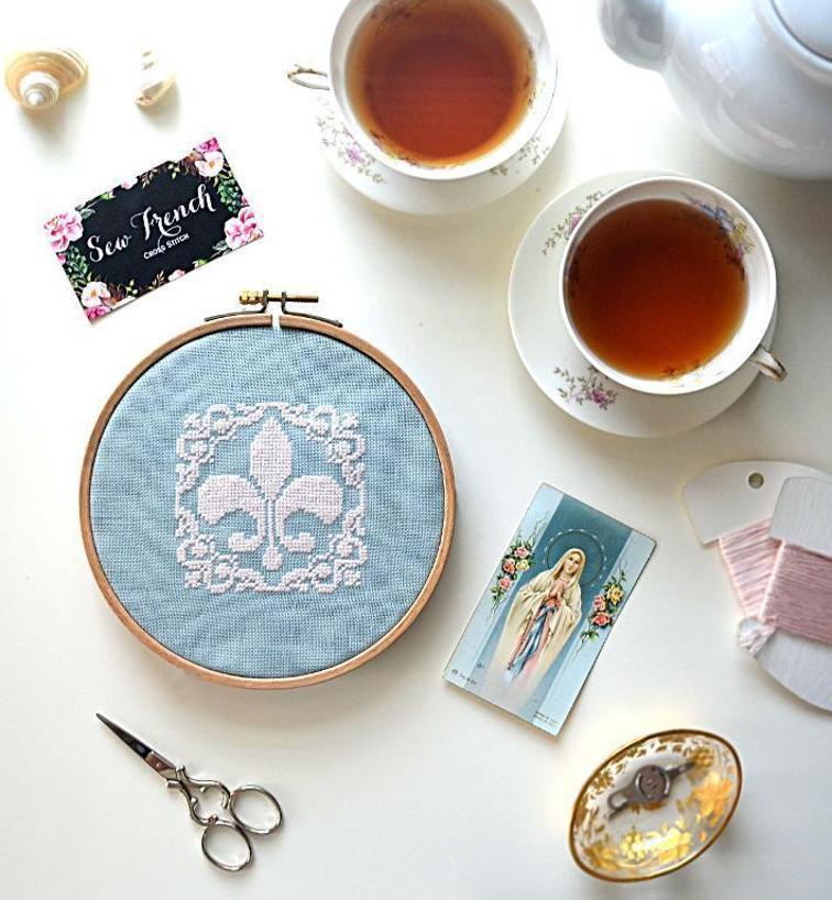 Fleur De Lis by Sew French