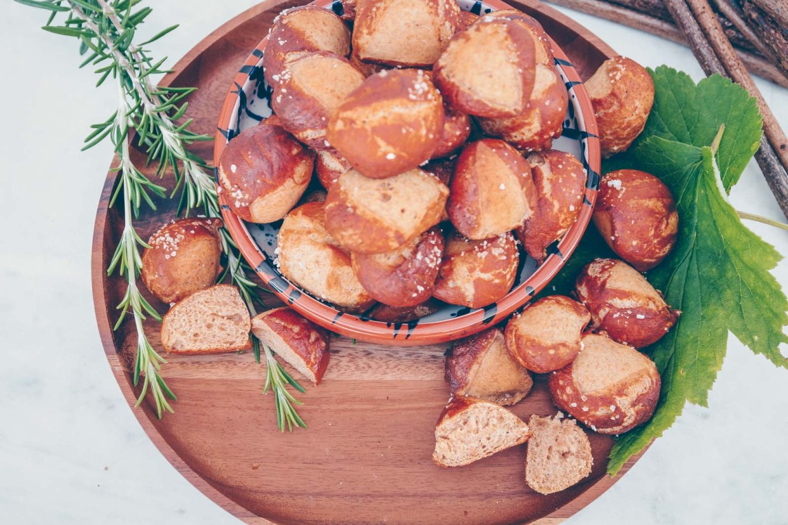 Vegan pretzel balls