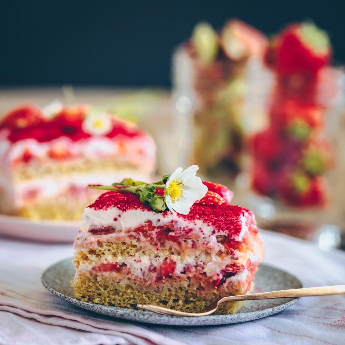 Erdbeer Rhabarber Tiramisu