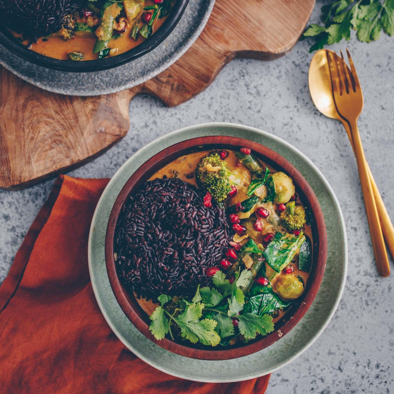 Schnelles Curry mit grünem Gemüse