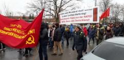 Blick in den Demonstrationszug. Im Vordergrund Jean-Theo Jost von den Berliner Freidenkern.