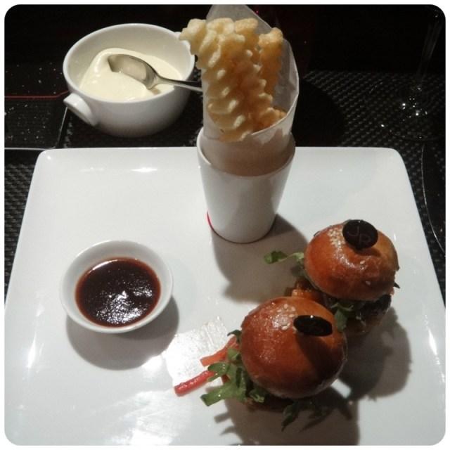 burger_paris_joelrobuchon