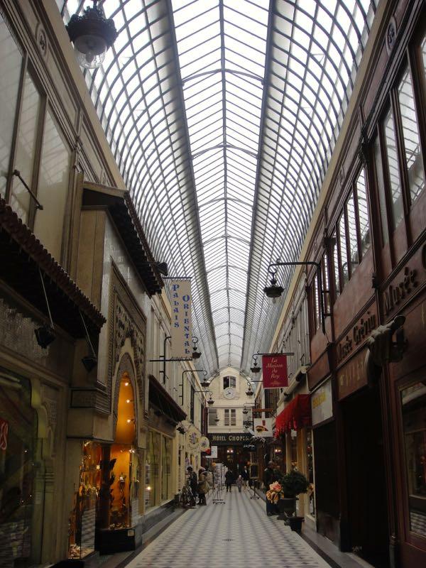 Paris_galeries_passages_Jouffroy