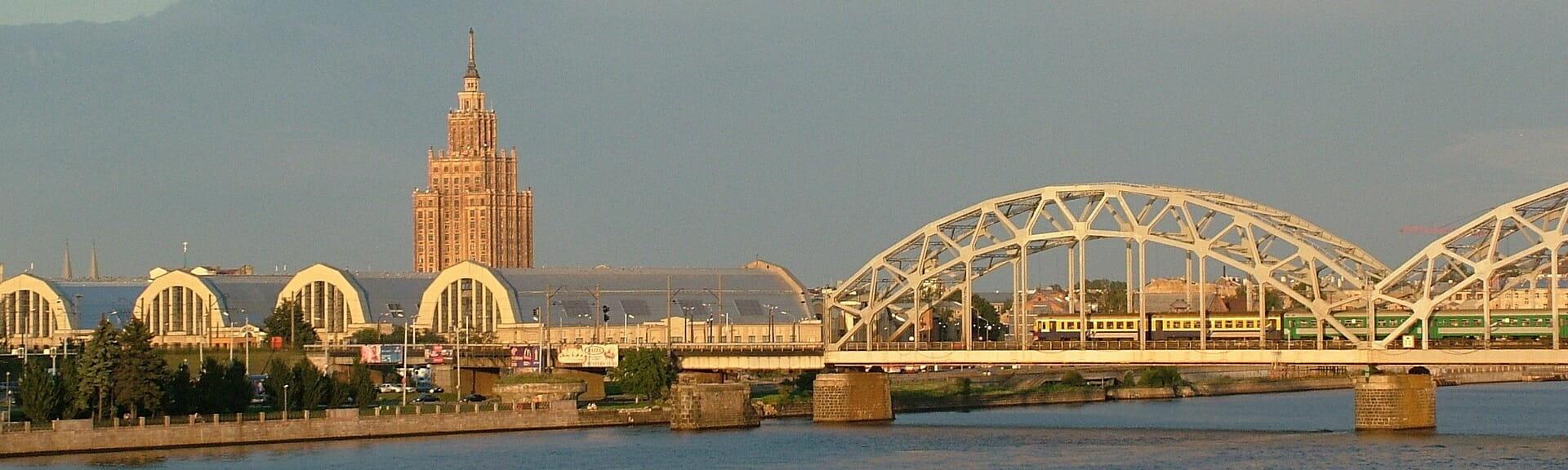 Klassenfahrt Riga Brücke
