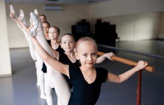 親の体型は子供のバレエの体型に本当に影響するか?
