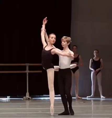 バレエのアラベスク・バランスをもっと楽にする方法