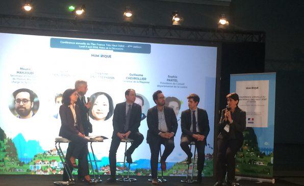 Trois secrétaires d'Etat (Delphine Gény-Stephann, Mounir Mahjoubi et Julien Denormandie) s'étaient réunis pour participer à la conférence annuelle du plan France très haut débit.
