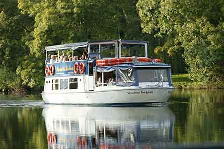 French Brothers Boat Trips Runnymede To Windsor Service