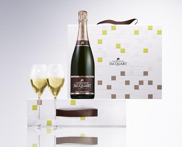 Champagne Jacquart Coffret duo St Valentin1 - Entre Floriane Eznack et moi...