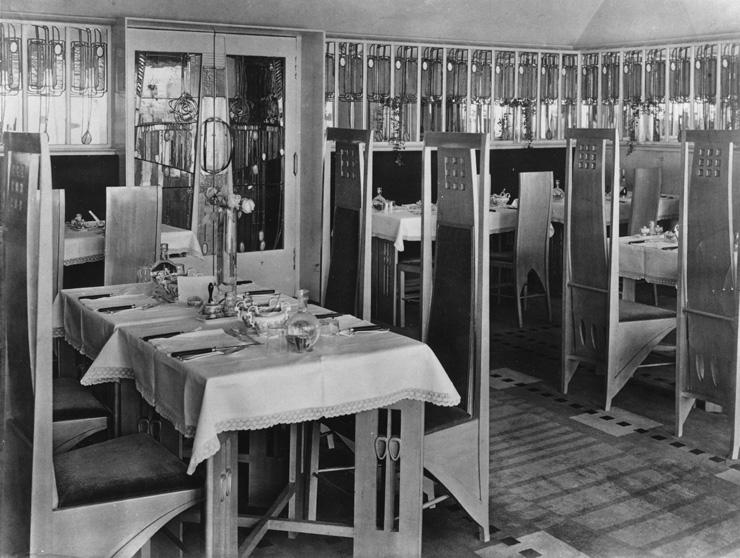 Mackintosh,_Room_de_Luxe_1903