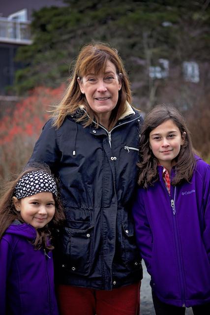 Hope et deux heureuses petites filles!