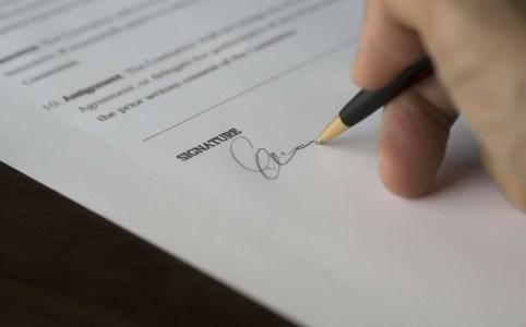Immobilier : acheter ou vendre sans garantie légale