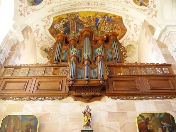 séjour printanier en Alsace : Ebersmunster © French Moments