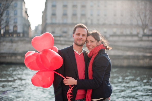 https://i1.wp.com/www.frenchweddingstyle.com/wp-content/uploads/2012/02/ValentinesDayParis34.jpg