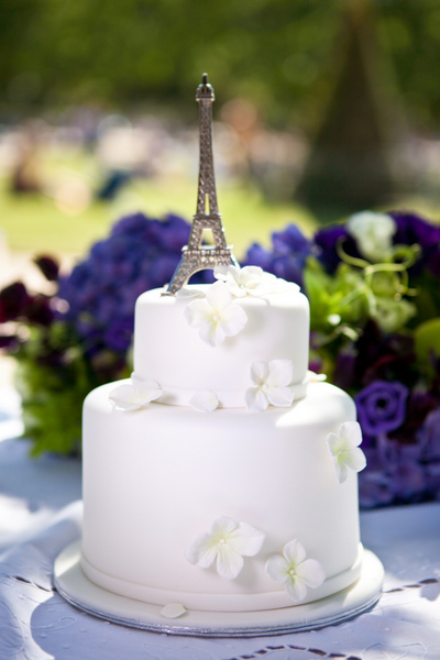 Cake Topper That Says Love