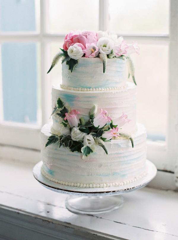 Delicious French Wedding Cake RoundUp French Wedding Style