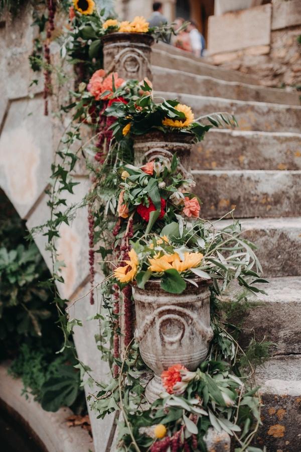 château de fleurs d'été rustique
