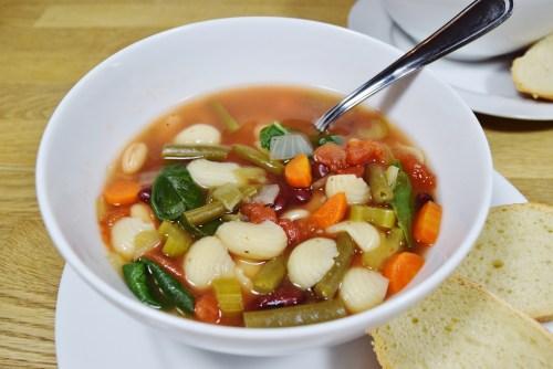 Crock Pot Minestrone Soup - www.freshapron.com