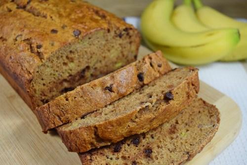 Whole Wheat Banana Bread - www.freshapron.com