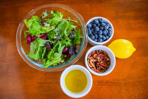 Baked Pear, Blueberry, and Pecan Salad | www.freshapron.com