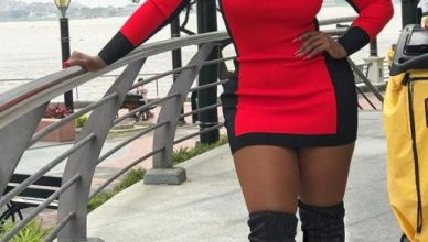 Watch Amara La Negra Of Love & Hip-Hop Get Booty Massage