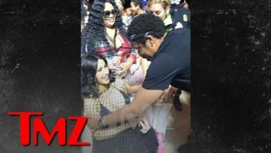 Jay-Z Rubs Cardi B's Baby Bump During Beyonce's Coachella Set