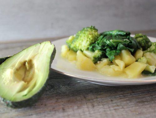 Kartoffel-Pfanne mit Spinat und Brokkoli