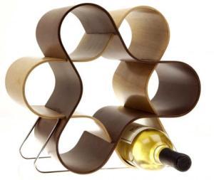 Decorative knot wine rack
