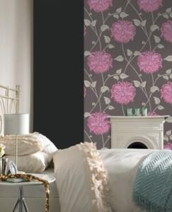Linda Barker Tempting wallpaper