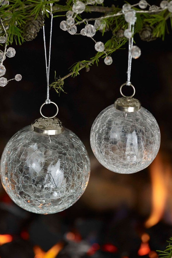 Top 10 silver and white Christmas tree decorations