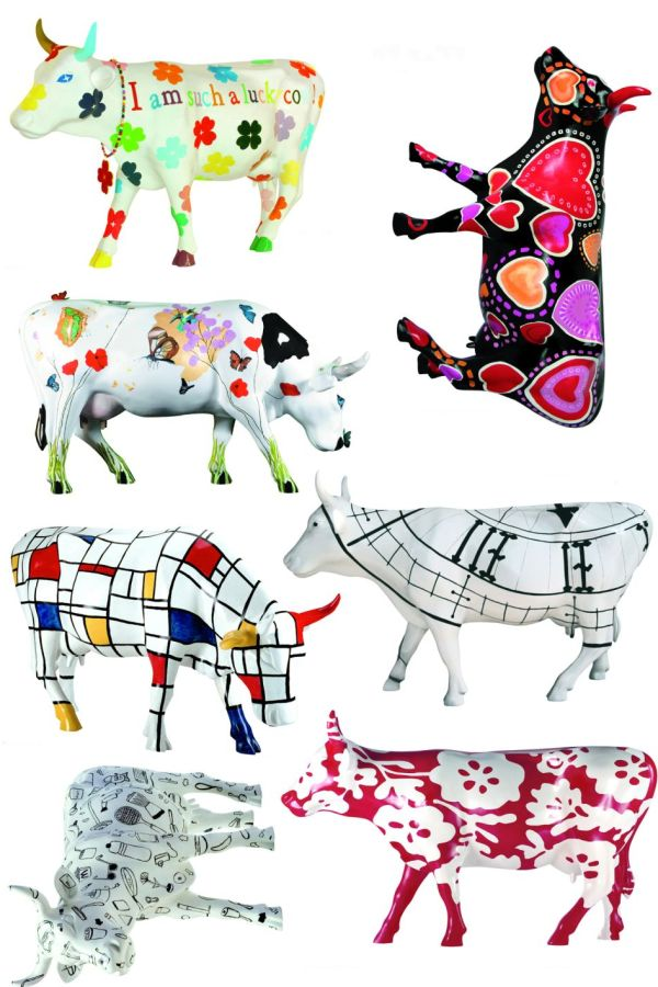 Creative Wall Art: Cow Parade wall stickers